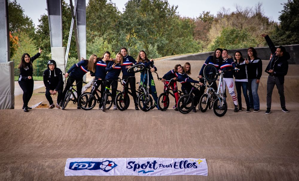 Ffc Centre Calendrier 2021 Le collectif BMX féminin en stage au Centre National du Cyclisme